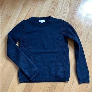 Blue fitted cozy sweater